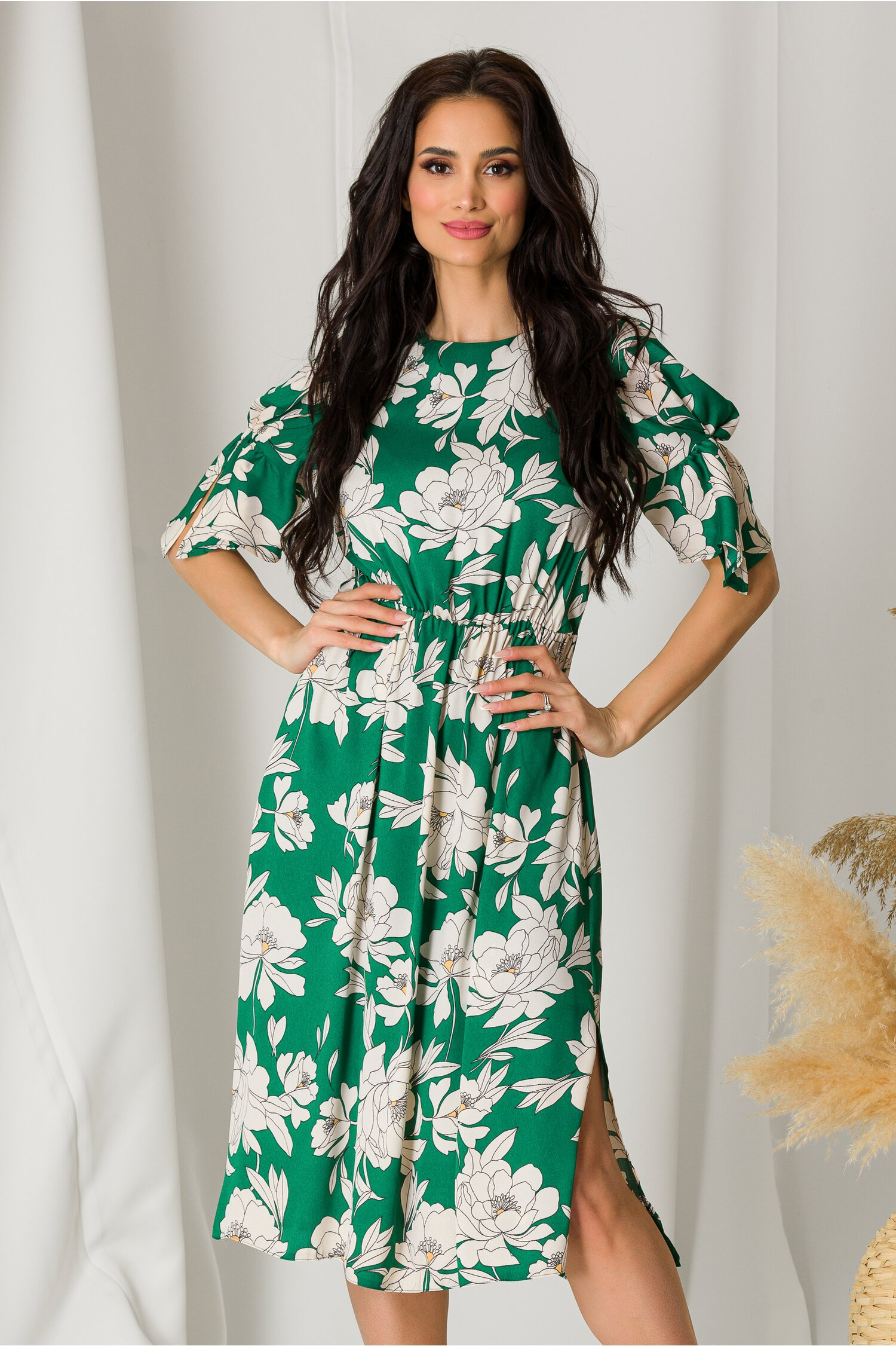 Rochie Moze verde cu imprimeuri florale bej imagine dyfashion.ro 2021