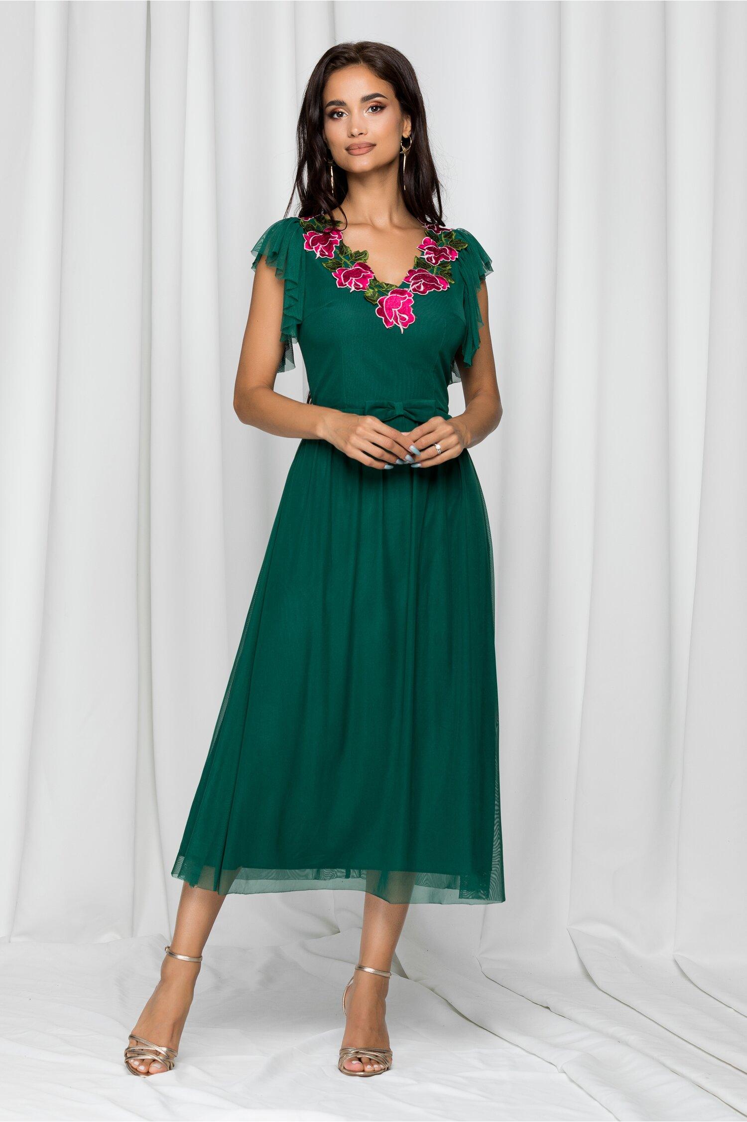 Rochie Moze verde din tulle accesorizata cu flori brodate