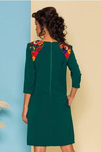 Rochie Nati verde cu maneci lungi si flori la umeri
