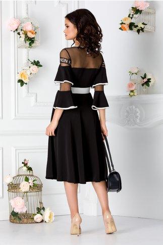 Rochie neagra cu maneci clopot si curea in talie