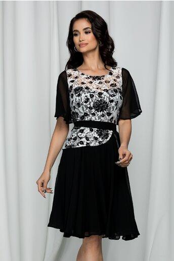 Rochie Lacey neagra accesorizata cu dantela si peplum