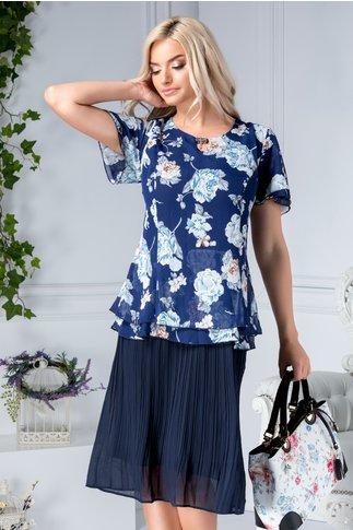 Rochie Nicoleta bleumarin cu flori bleu si aplicatie la guler