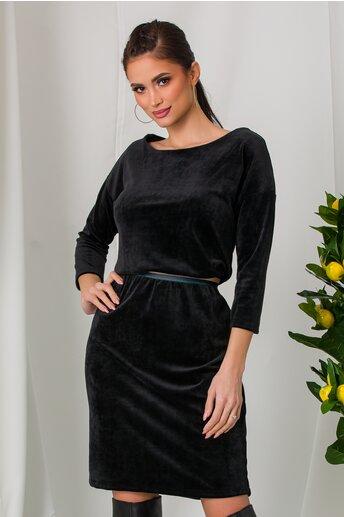 Rochie Rachel neagra din catifea cu elastic in talie
