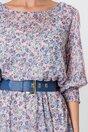 Rochie Rania roz cu flori bleu si insertii din dantela pe maneci