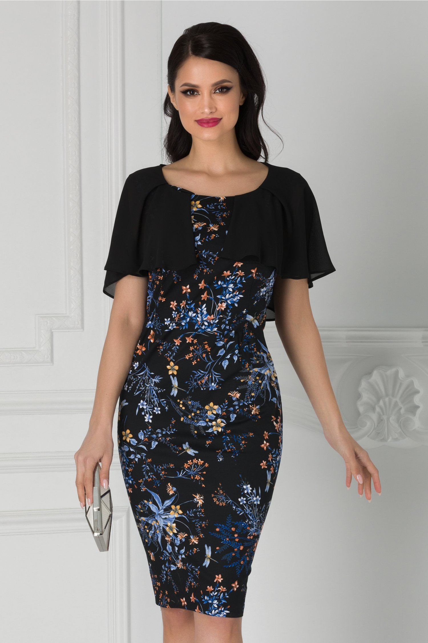 Rochie Roxy neagra cu imprimeu floral albastru