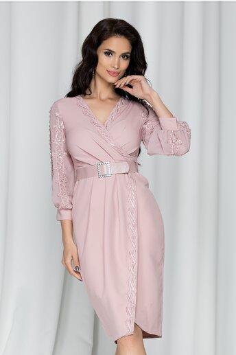 Rochie Salome roz prafuit accesorizata cu perlute, strasuri si broderie