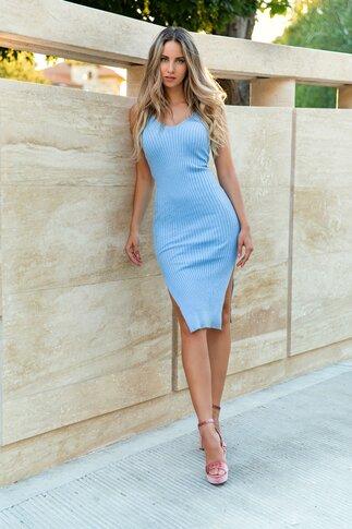 Rochie Sophie bleu cu crepeuri in laterale