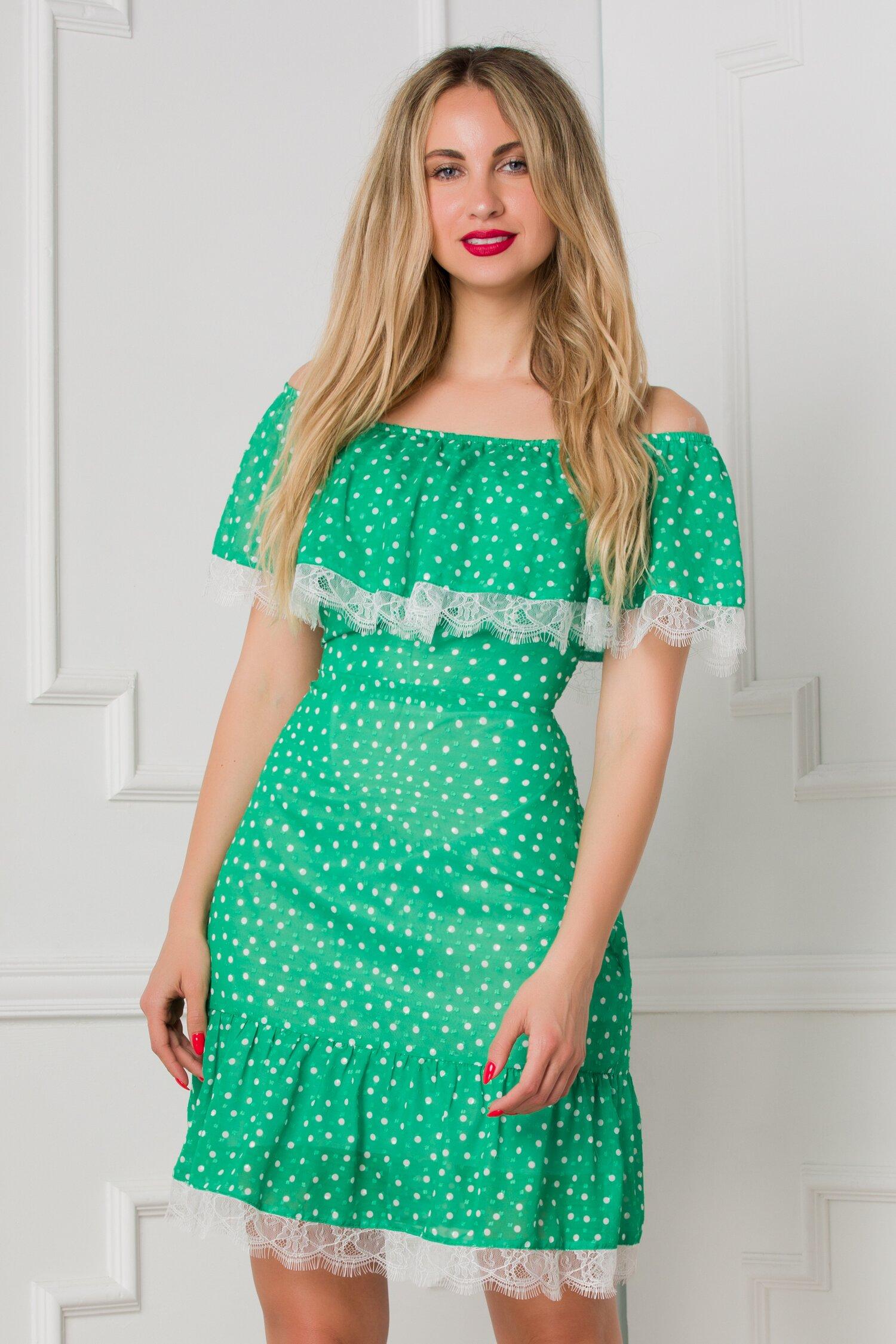 Rochie Valerie verde cu buline si volan la bust