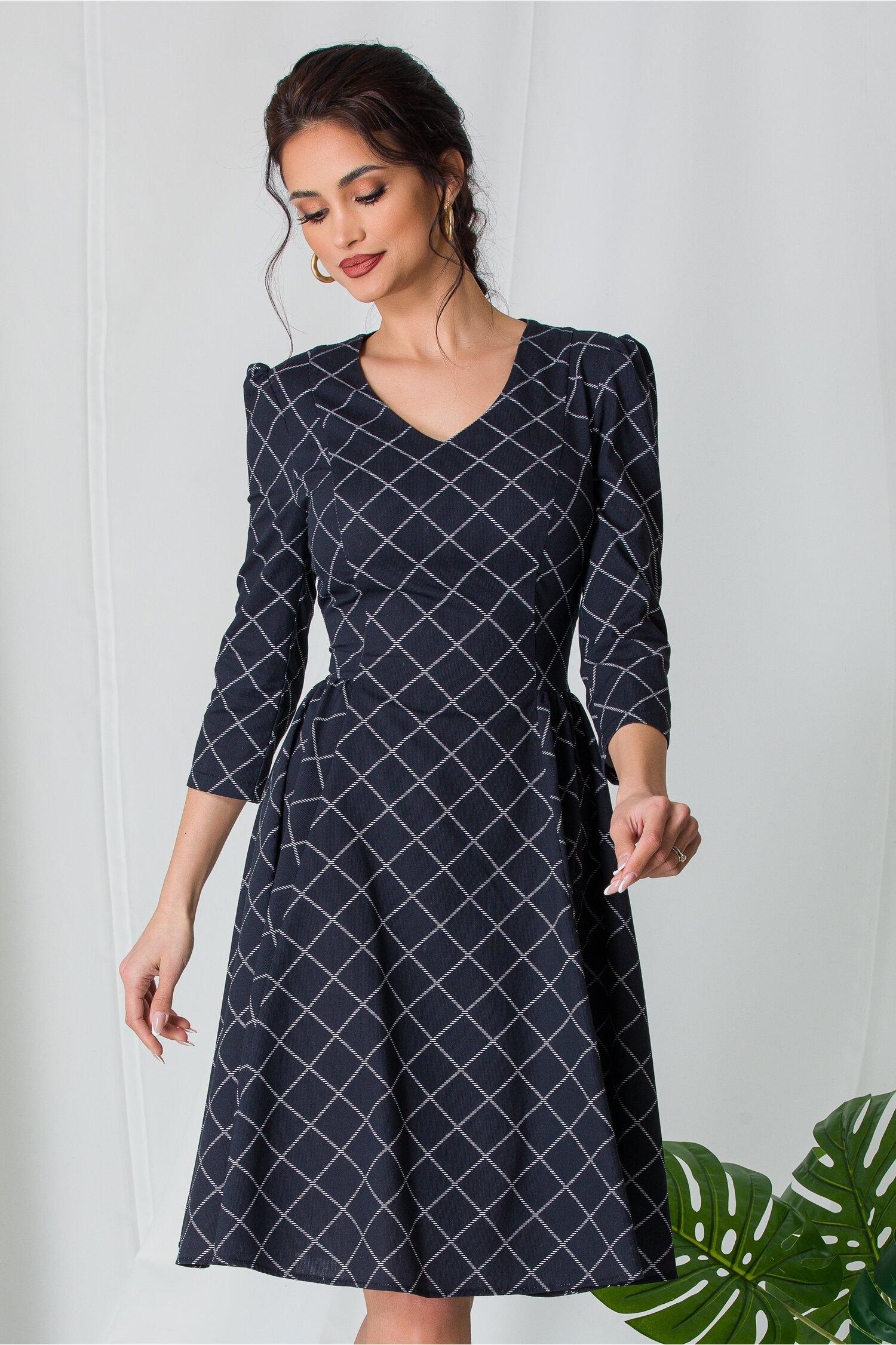 Rochie Vanda neagra cu imprimeuri geometrice