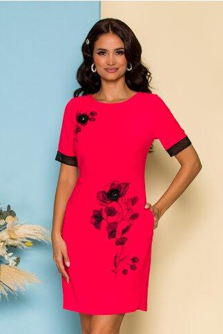 Rochie Villa rosie cu imprimeu floral negru si aplicatie 3D