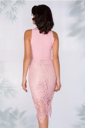 Rochie Yeni roz cu fusta din dantela