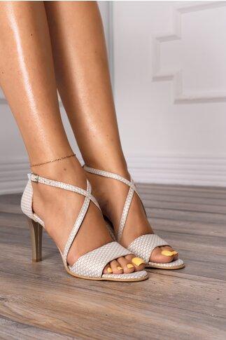 Sandale albe cu insertii aurii