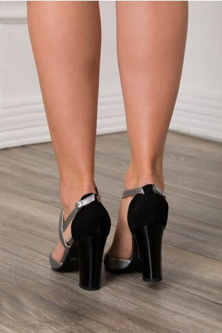 Sandale argintii cu detalii negre