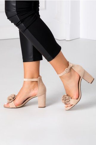 Sandale bej cu floare 3D
