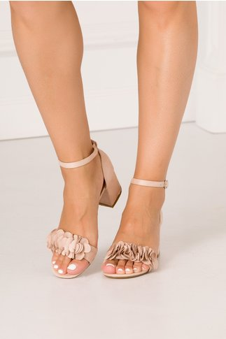 Sandale bej cu flori 3D in partea din fata