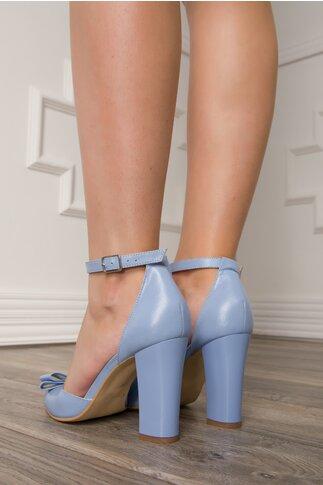Sandale bleu cu fundita pe varf