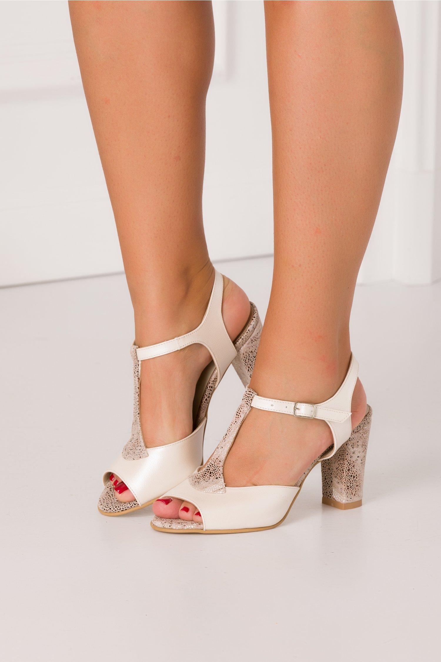 Sandale crem sidefat cu insertii tip plasa