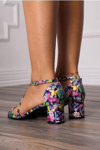 Sandale cu imprimeu cu fluturi multicolori