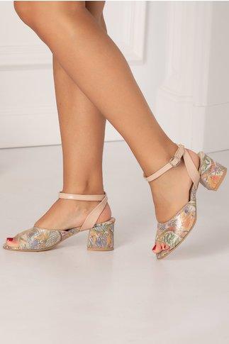 Sandale cu imprimeu floral si reflexii metalizate