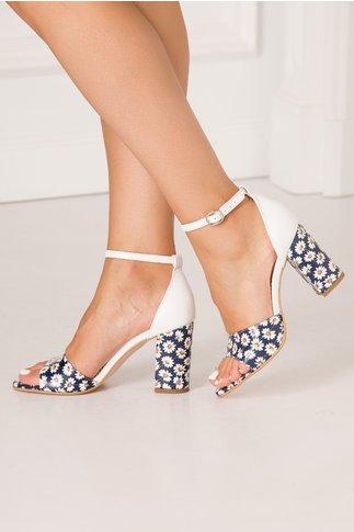 Sandale Debbie albe cu imprimeu floral pe fundal bleumarin