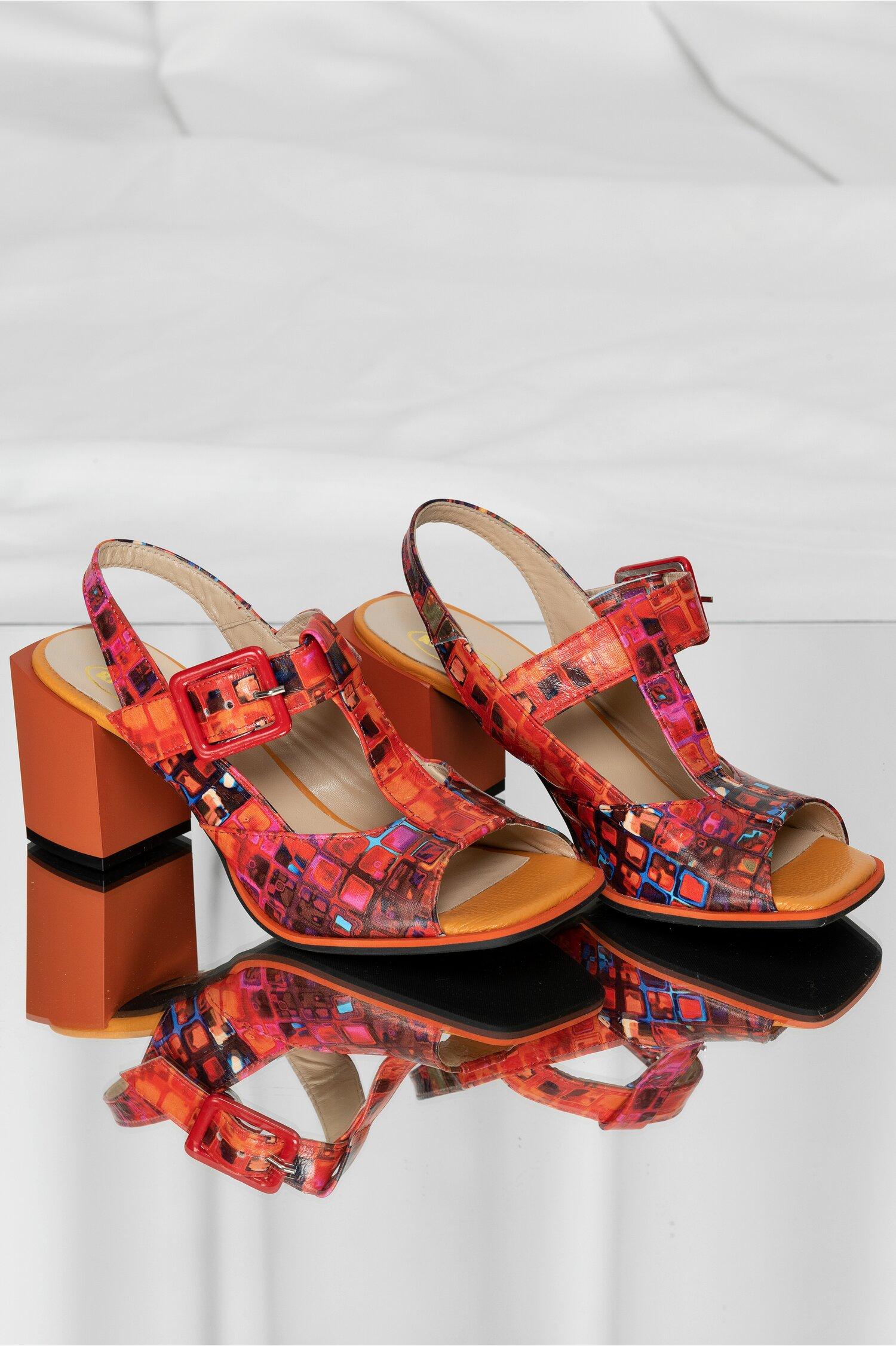 Sandale din piele oranj cu detalii multicolore si toc gros