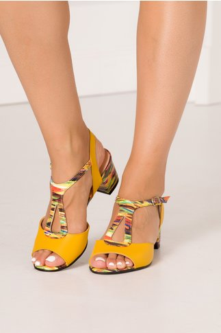 Sandale galben mustar din piele cu imprimeu abstact si decupaje elegante