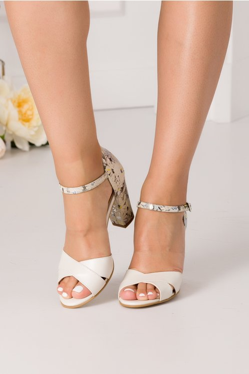 Sandale ivoire cu imprimeu floral la spate