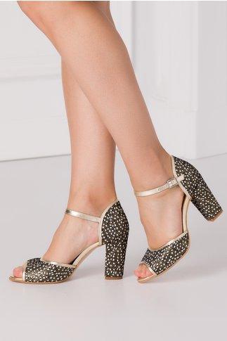 Sandale negre cu imprimeuri si benzi aurii