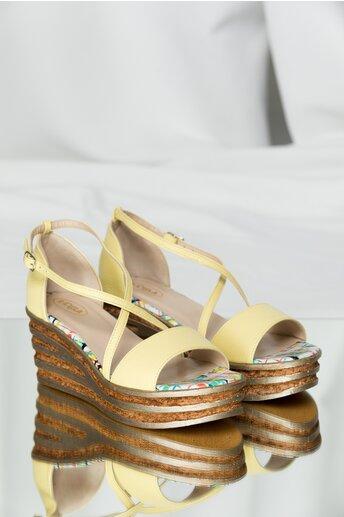 Sandale Owa galbene cu talpa tip platforma
