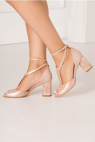 Sandale roz prafuit cu barete elegante si imprimeu floral in zona tocului