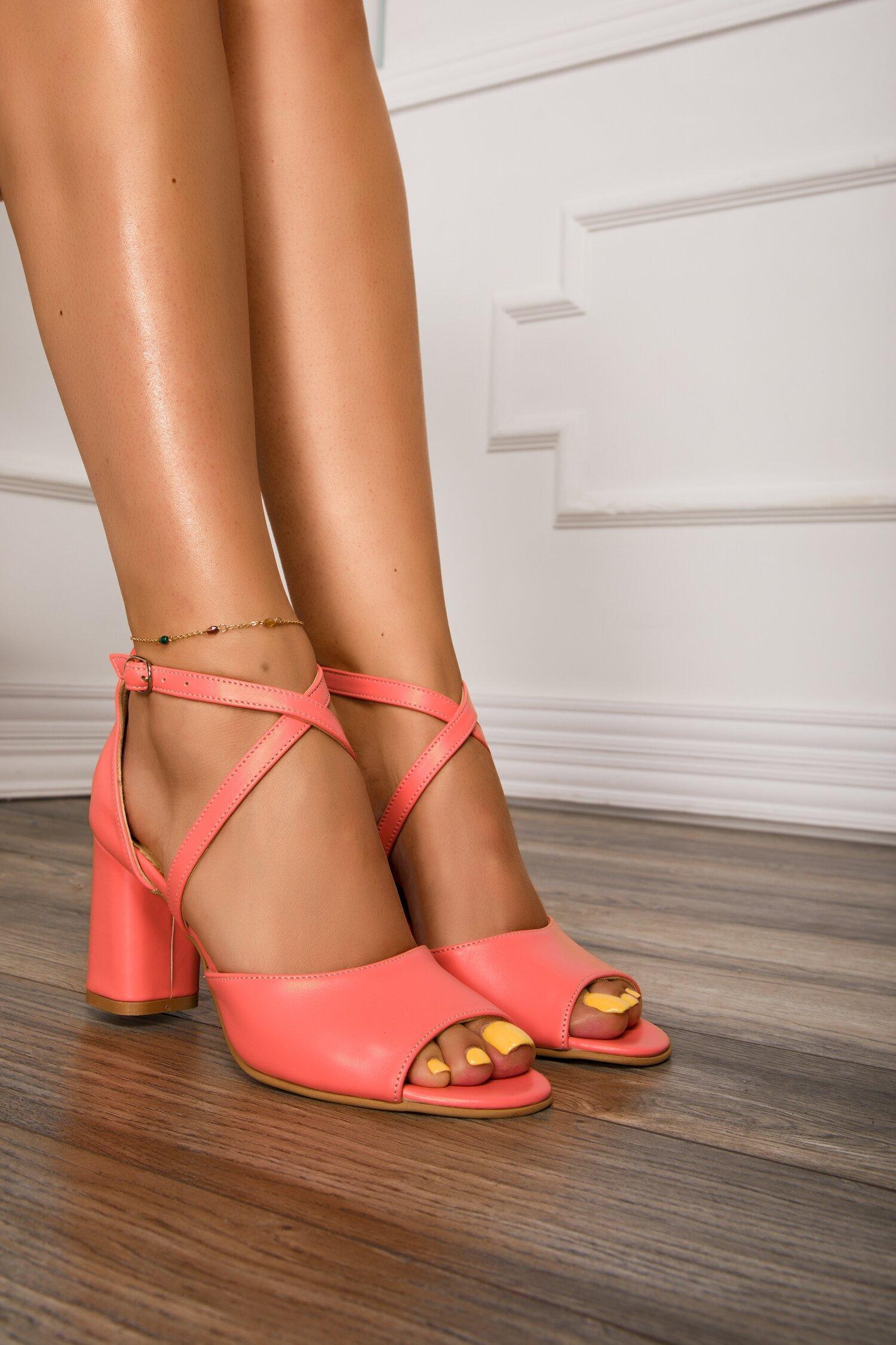 Sandale roz somon cu bretele incrucisate imagine