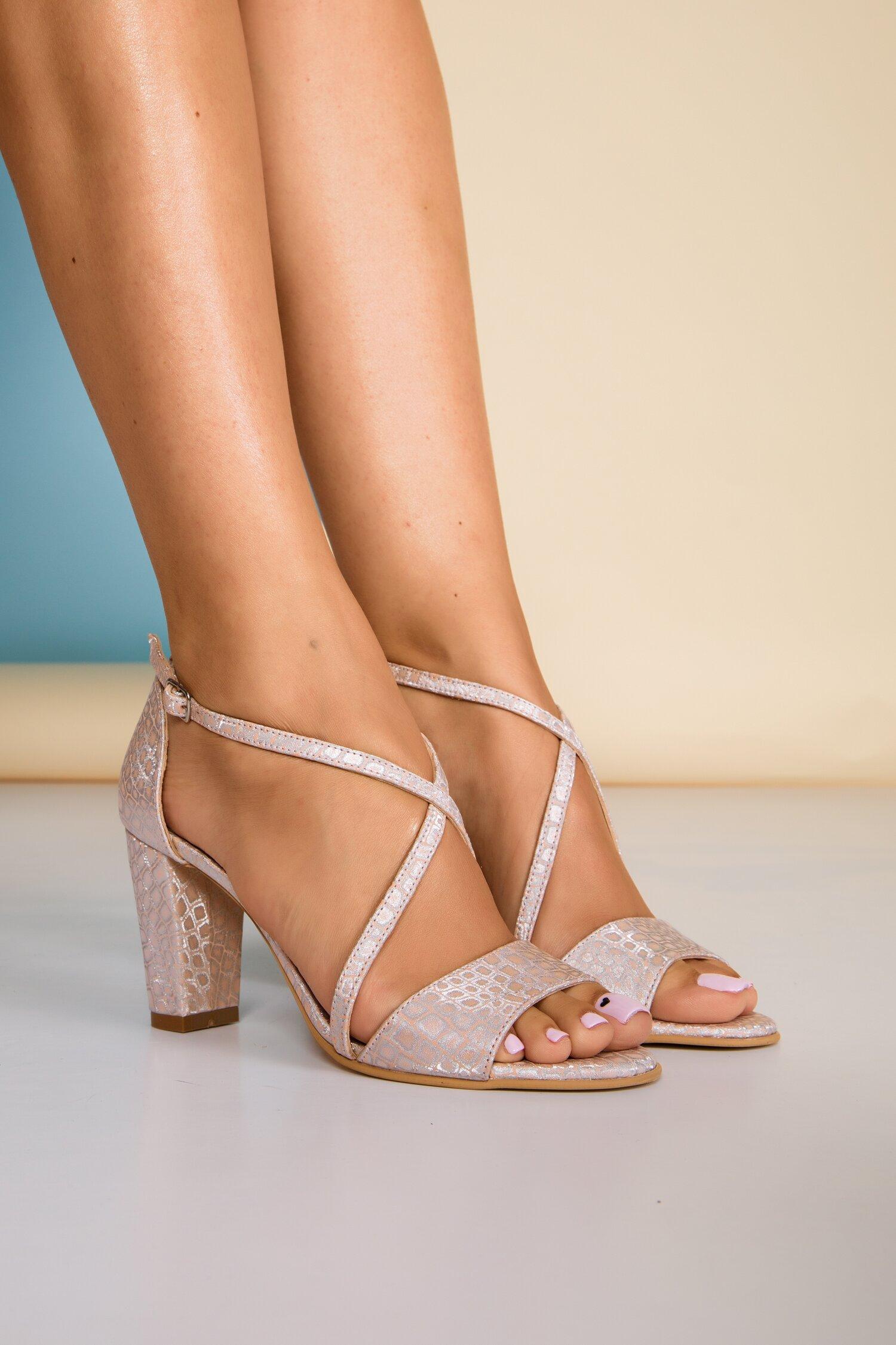 Sandale somon cu insertii stralucitoare