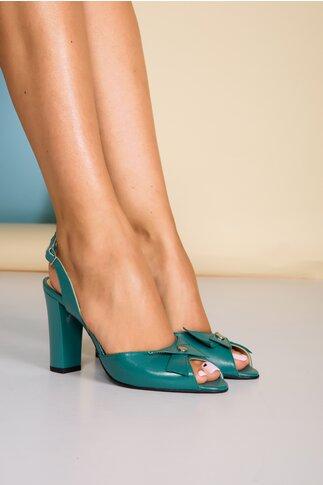 Sandale turcoaz din piele naturala cu aplicatie pe varf