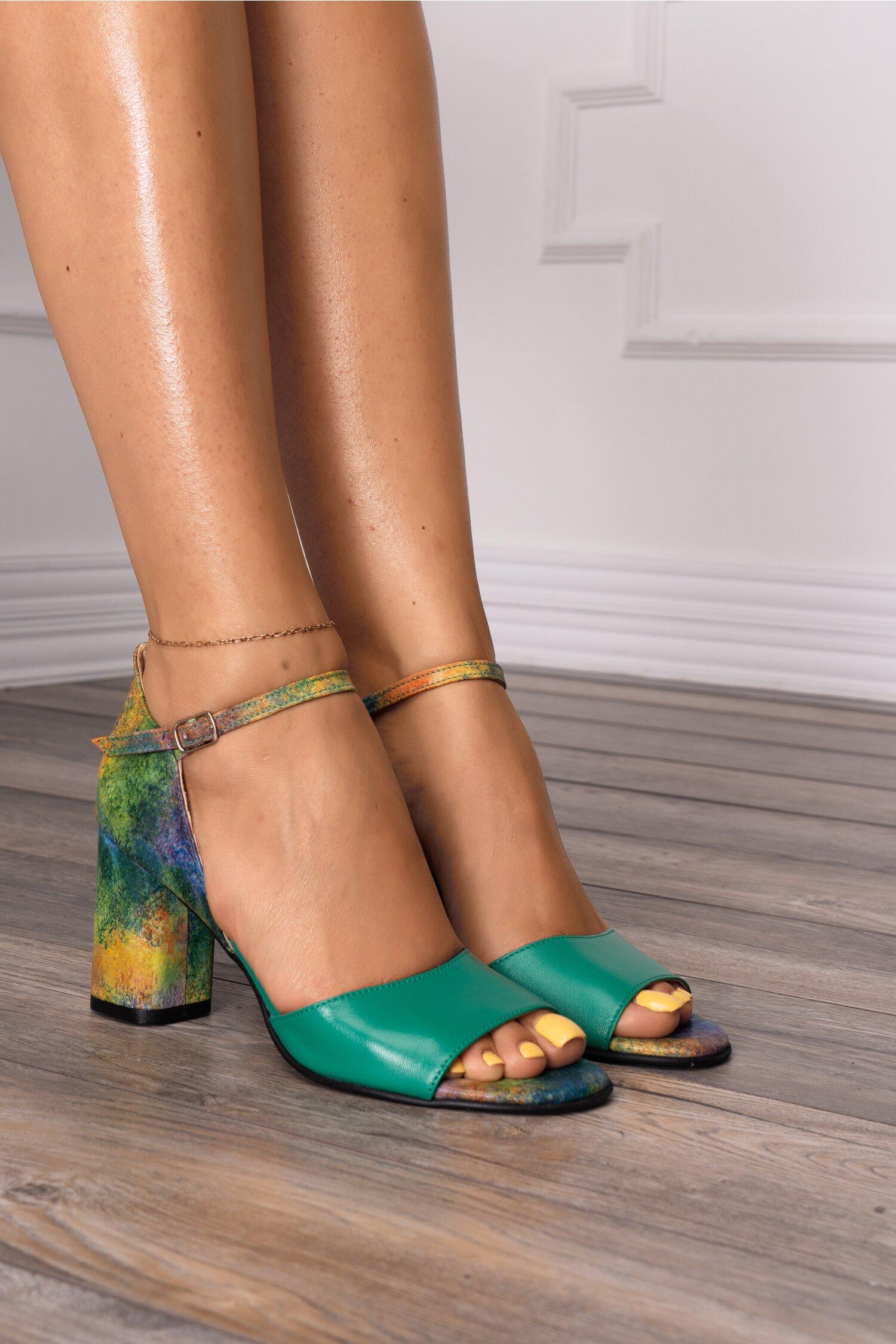 Sandale verzi cu imprimeu pastelat multicolor imagine