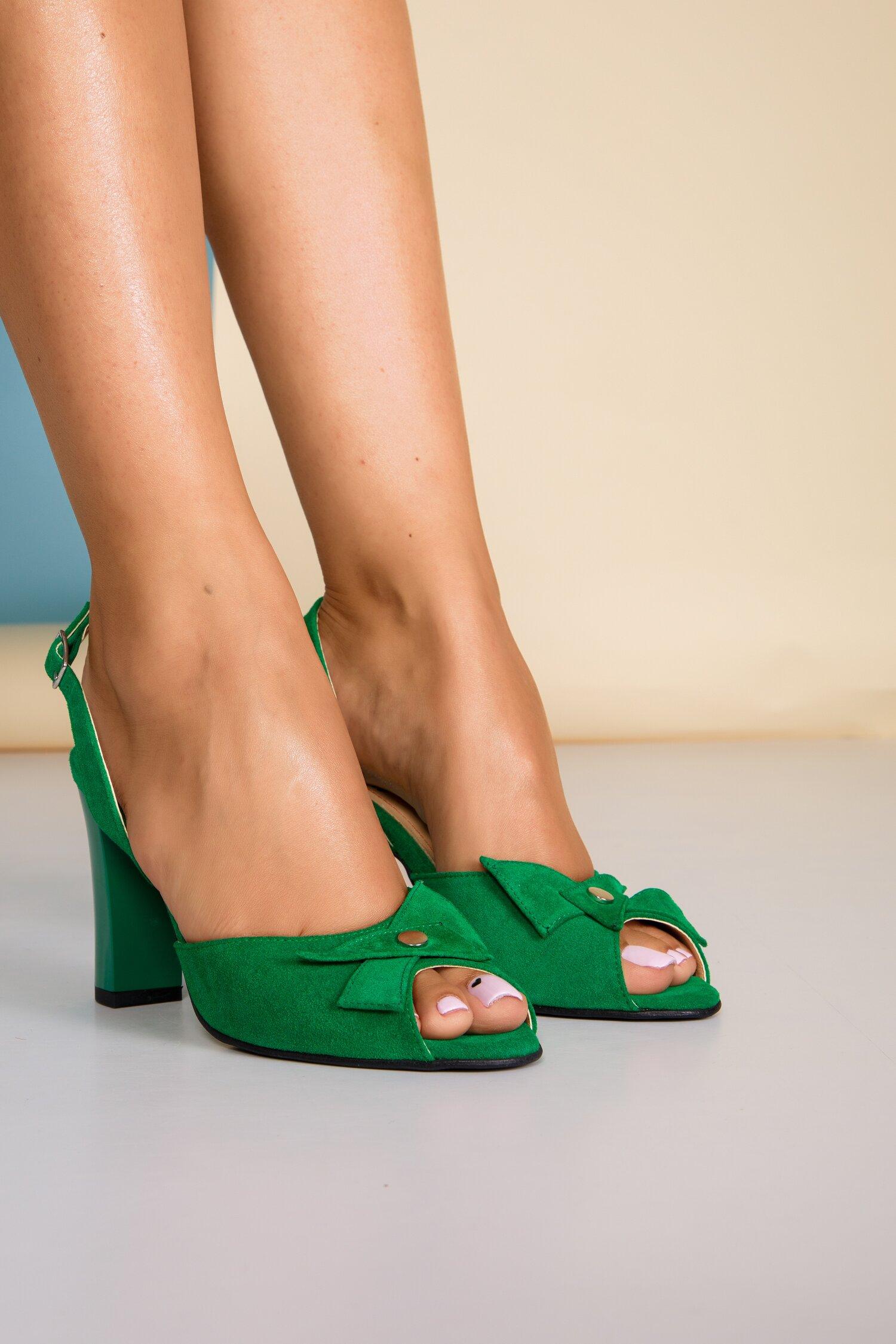 Sandale verzi din piele intoarsa cu aplicatie pe varf