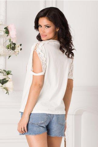 Tricou alb cu imprimeu si broderie 3D