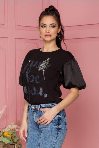 Tricou Cera negru cu scris argintiu si strasuri pe fata