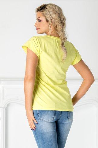 Tricou Ferry galben cu imprimeu la bust si perlute