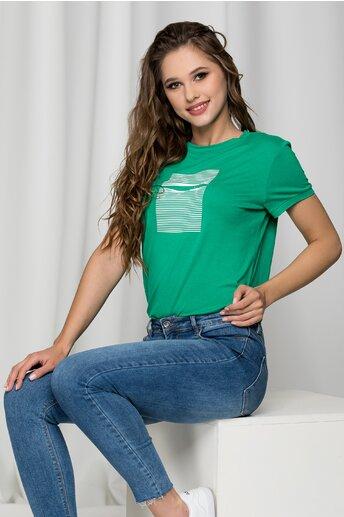 Tricou Kitty verde cu imprimeu pe bust