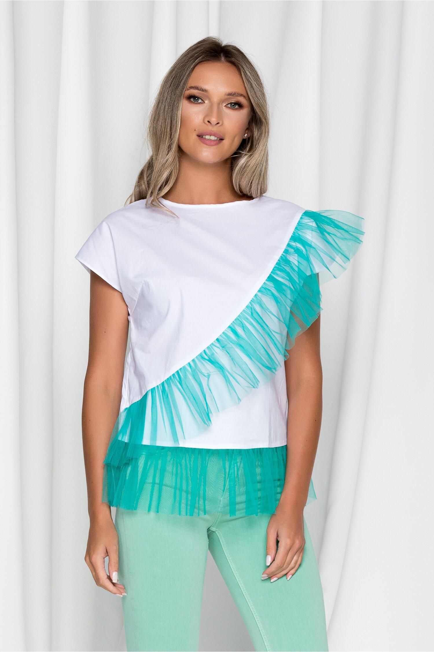 Tricou LaDonna alb cu aplicatii din tull turcoaz