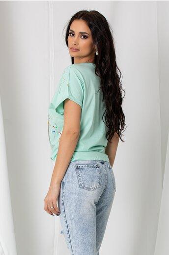 Tricou Lucia verde mint cu imprimeu dinamic