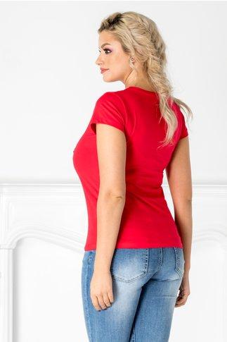 Tricou rosu cu inghetata si detalii argintii