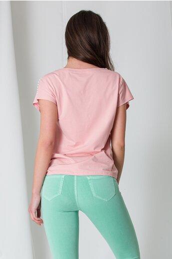 Tricou roz cu perlute si strasuri la umeri
