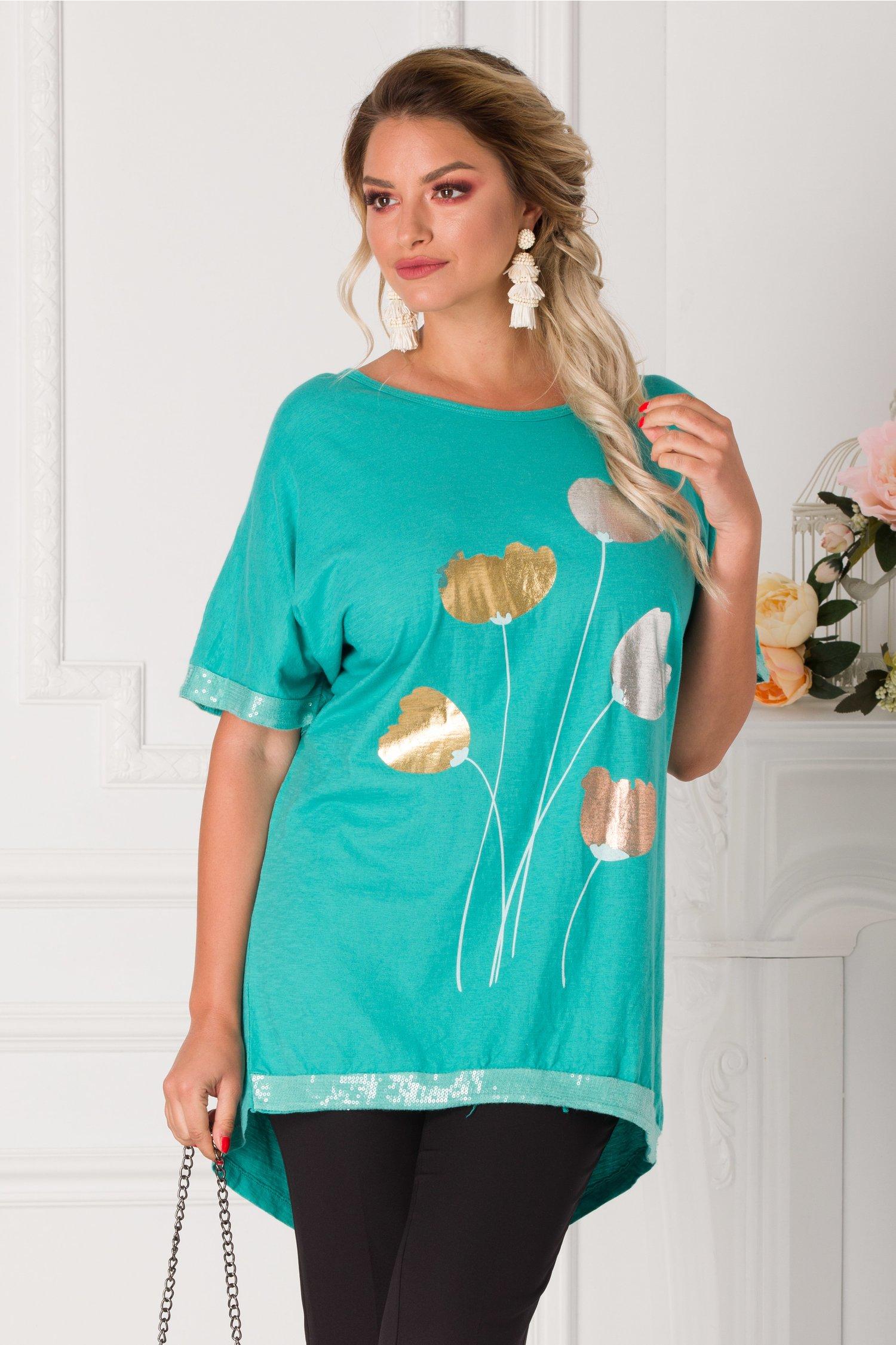 Tricou Yasmin turcoaz cu imprimeu floral si detalii din paiete