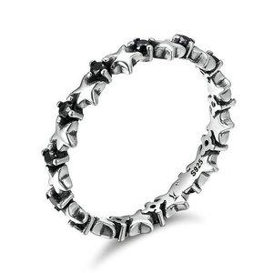 Inel din argint cu Stelute si Cristale Negre