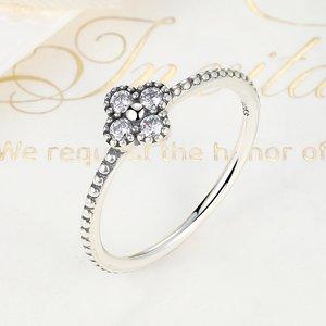Inel din argint Romantic Clover Clear