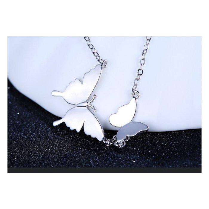 Pandativ cu lantisor din argint Loving Butterfly poza 2021