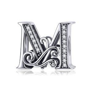 Talisman din argint cu Litera M din Poveste