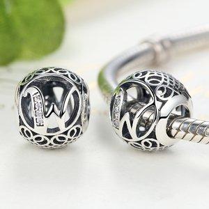 Talisman din argint cu litera W