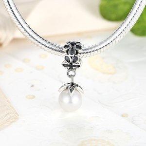 Talisman din argint sub forma de Pandantiv cu Perla